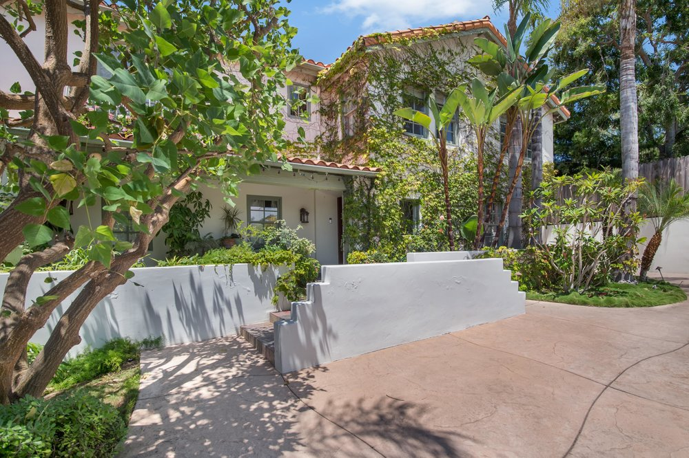 003 front 437 North Bonhill Road Los Angeles Malibu For Sale Lease The Malibu Life Team Luxury Real Estate.jpg