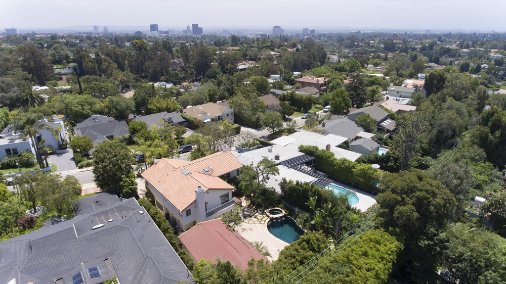 006 aerial 437 North Bonhill Road Los Angeles Malibu For Sale Lease The Malibu Life Team Luxury Real Estate.jpg