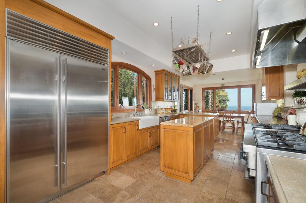 015 kitchen 29660 Harvester Road Malibu For Sale The Malibu Life Team Luxury Real Estate.jpg