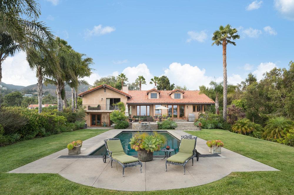 017 pool 29660 Harvester Road Malibu For Sale The Malibu Life Team Luxury Real Estate.jpg