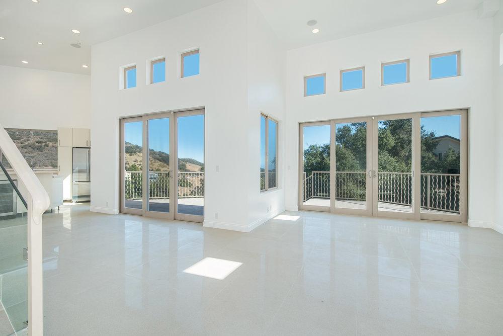 002 living room 27126 Carrita Road Malibu For Sale Lease The Malibu Life Team Luxury Real Estate.jpg