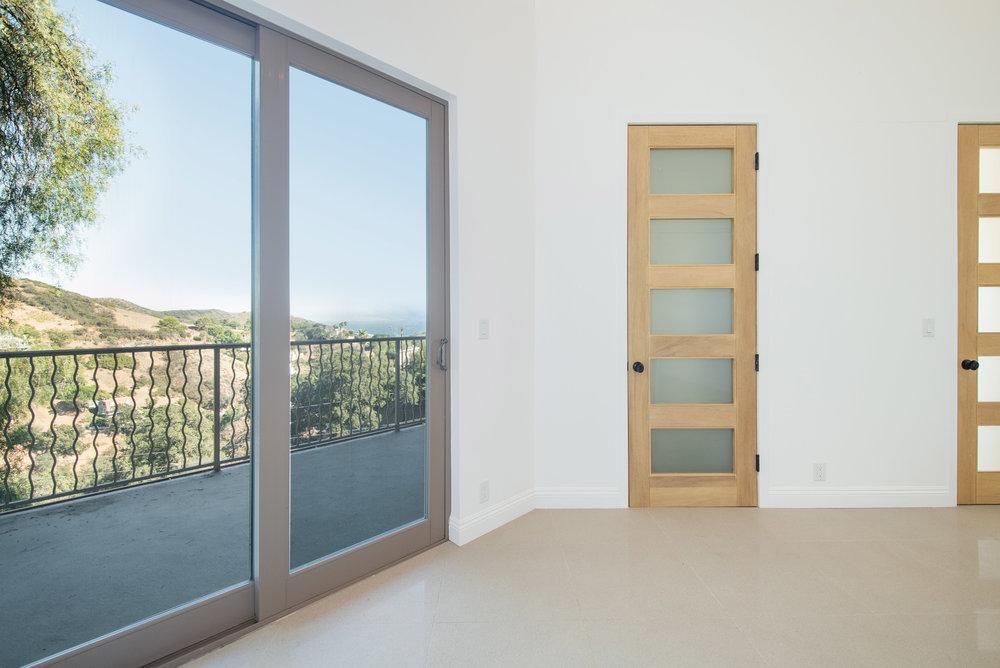 011 bedroom 27126 Carrita Road Malibu For Sale Lease The Malibu Life Team Luxury Real Estate.jpg