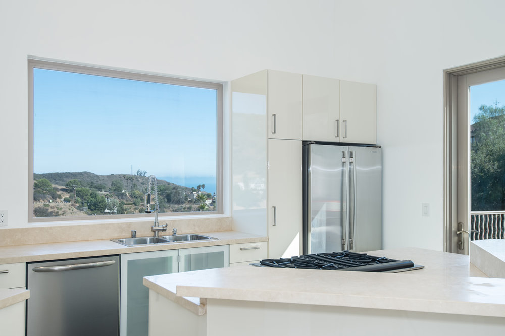 016 kitchen 27126 Carrita Road Malibu For Sale Lease The Malibu Life Team Luxury Real Estate.jpg