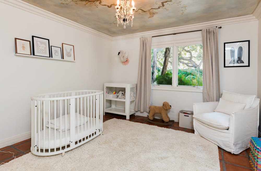 022 Kids Room 1712 Manzanita Park Avenue Malibu For Sale Lease The Malibu Life Team Luxury Real Estate.jpg