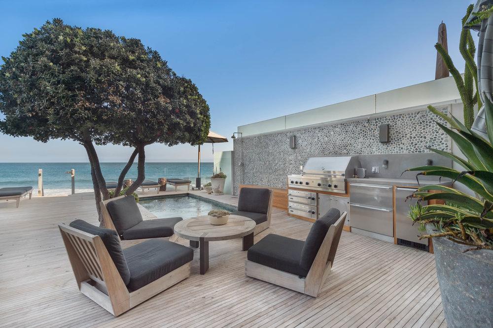 009 Deck 23930 Malibu Road For Sale Lease The Malibu Life Team Luxury Real Estate.jpg