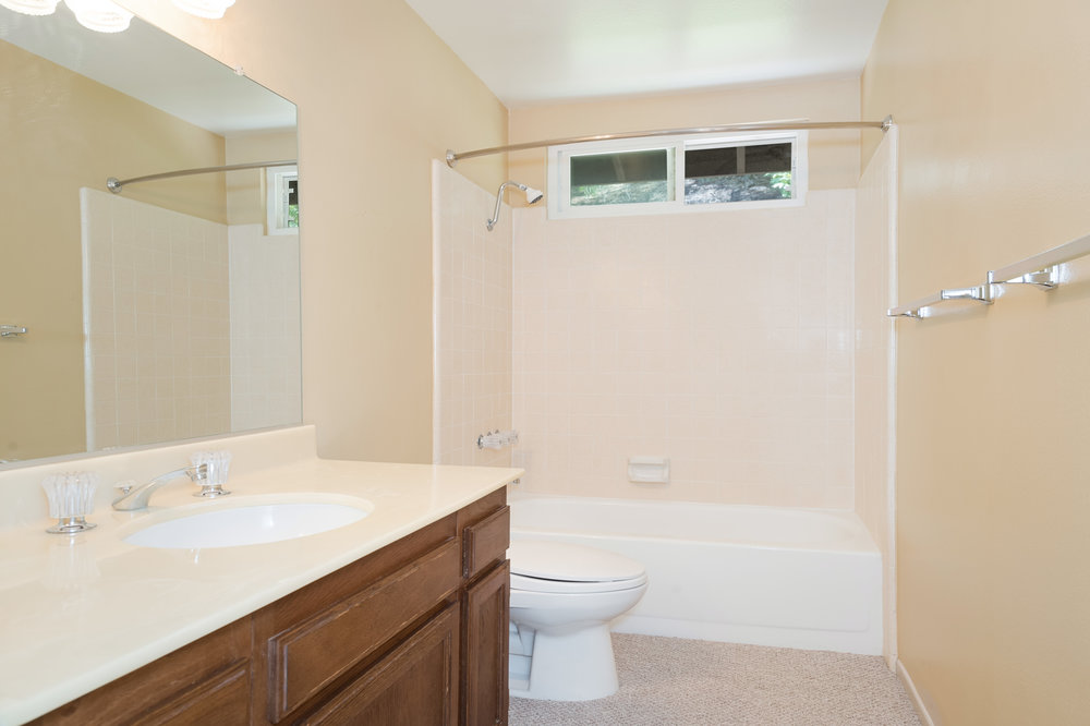 015 bathroom 8832 Moorcroft Avenue West Hills For Sale Lease The Malibu Life Team Luxury Real Estate.jpg