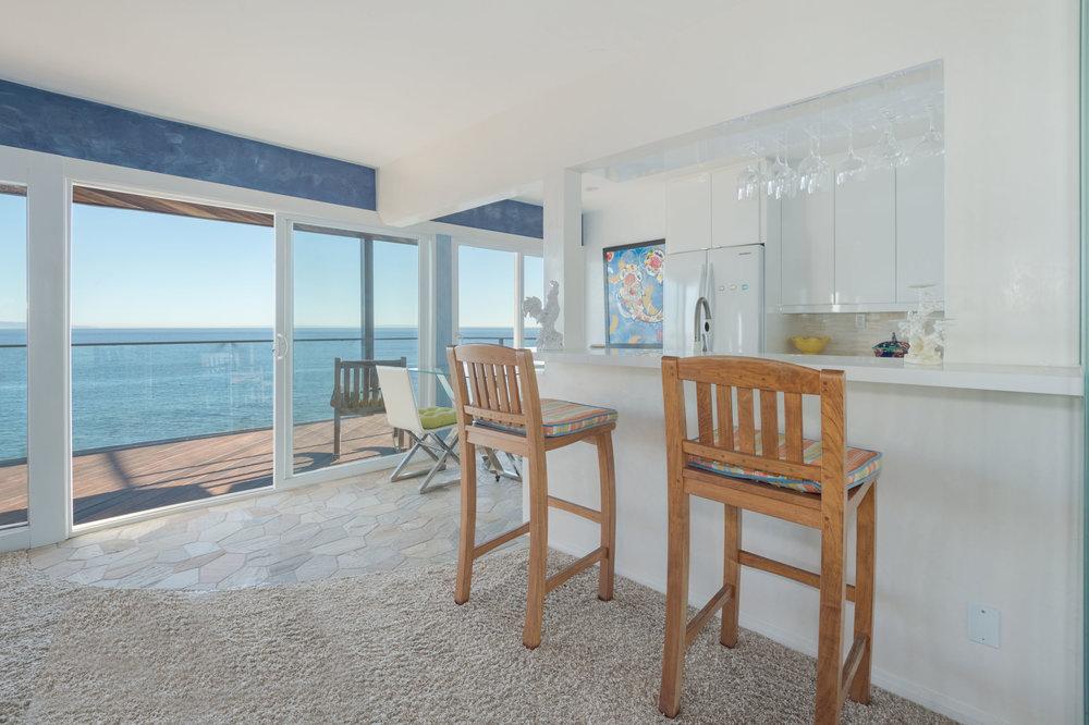 004 Living Room 19820 Pacific Coast Highway Malibu For Sale Lease The Malibu Life Team Luxury Real Estate.jpg