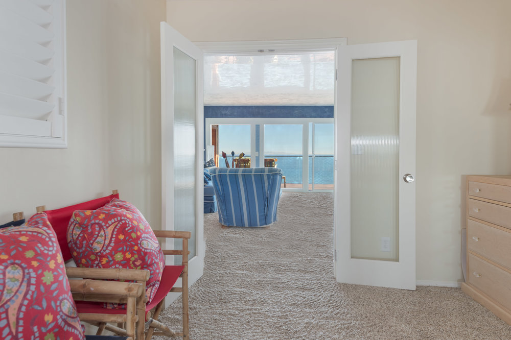 017 Bedroom 19820 Pacific Coast Highway Malibu For Sale Lease The Malibu Life Team Luxury Real Estate.jpg