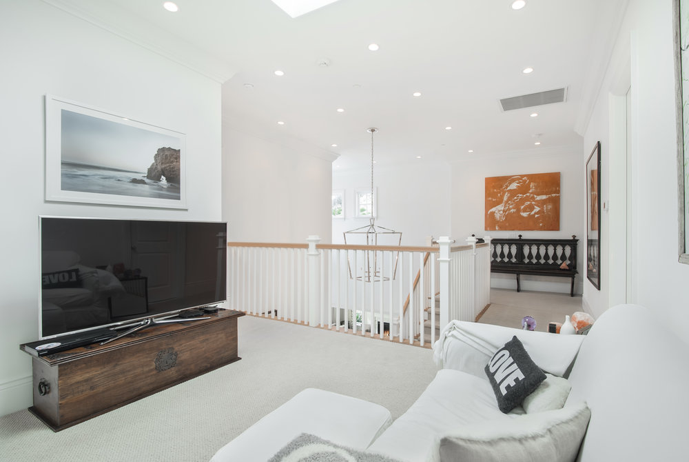 015 us 2538 La Condesa Dr Los Angeles CA 90049 For Sale Lease The Malibu Life Team Luxury Real Estate.jpg
