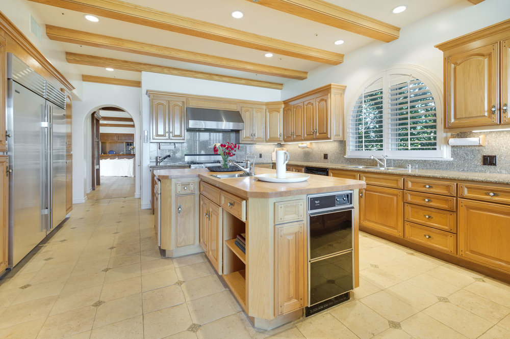 007 Kitchen 7052 Dume Drive For Sale Lease The Malibu Life Team Luxury Real Estate.jpg