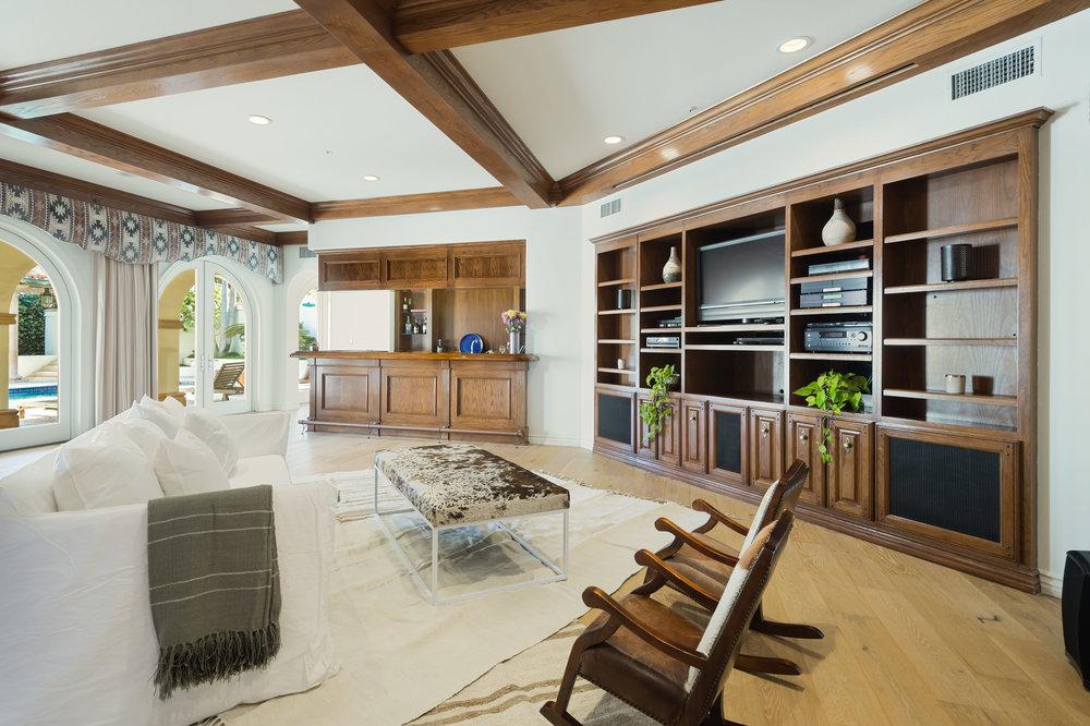 009 Recreation 7052 Dume Drive For Sale Lease The Malibu Life Team Luxury Real Estate.jpg