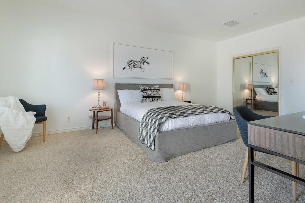 017 Bedroom 7052 Dume Drive For Sale Lease The Malibu Life Team Luxury Real Estate.jpg