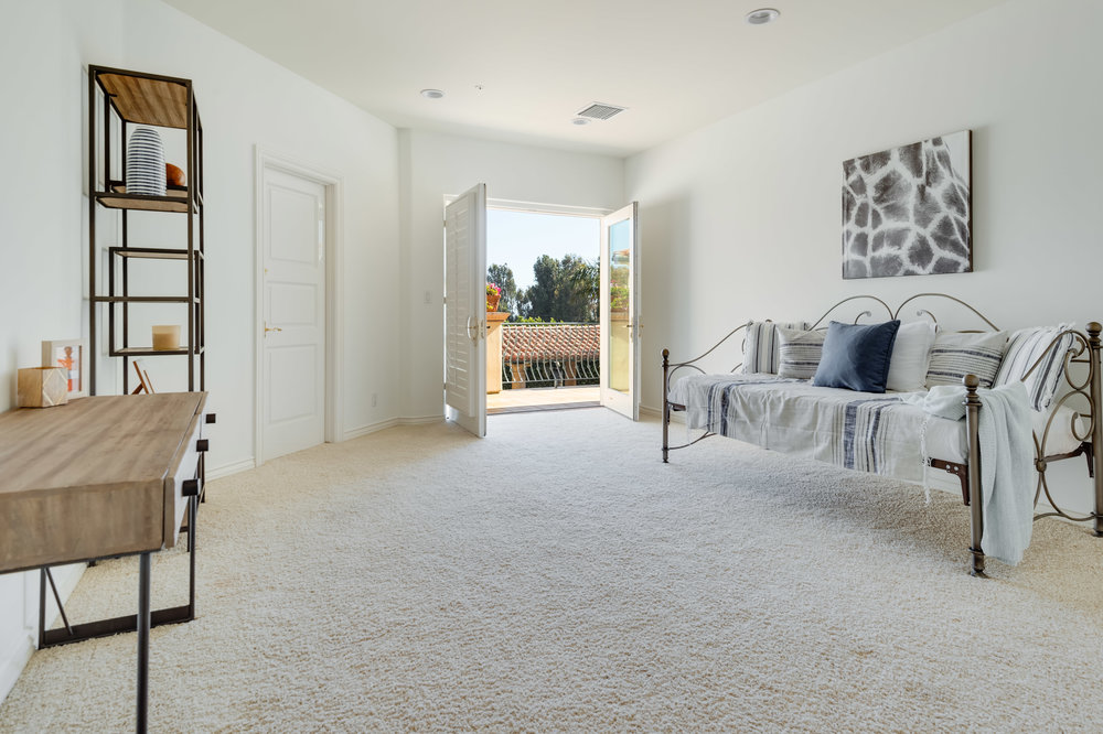 018 Bedroom 7052 Dume Drive For Sale Lease The Malibu Life Team Luxury Real Estate.jpg