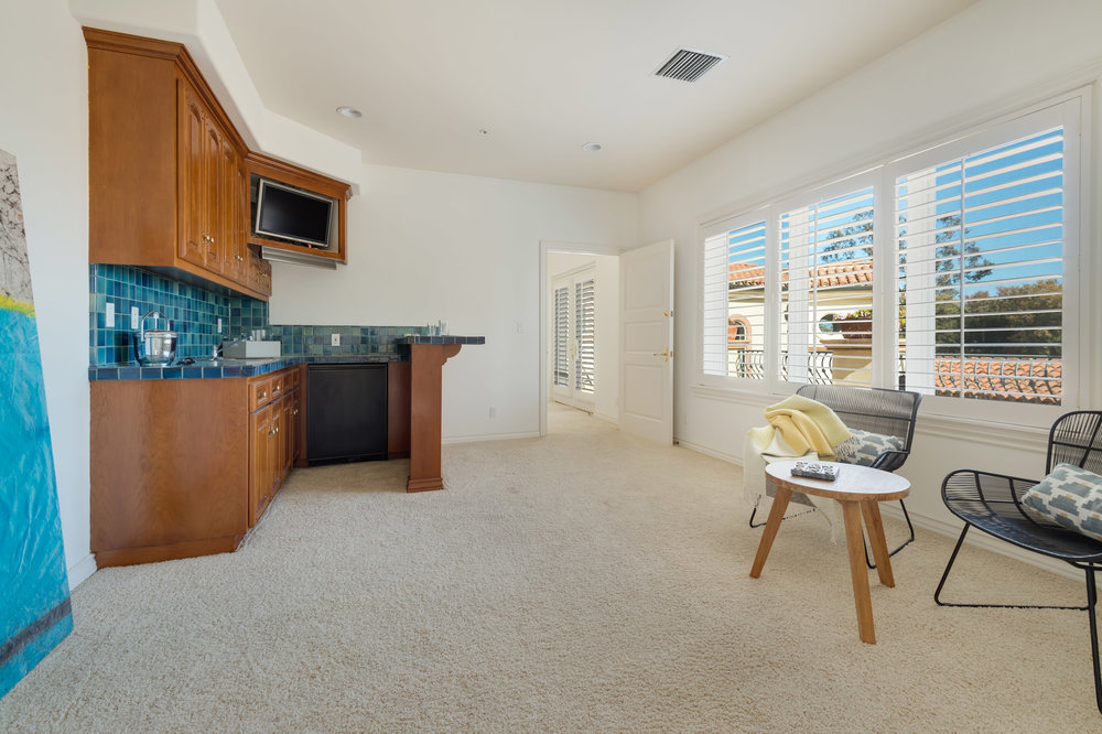 019 Bedroom 7052 Dume Drive For Sale Lease The Malibu Life Team Luxury Real Estate.jpg