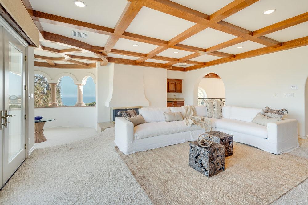 023 Living Room 7052 Dume Drive For Sale Lease The Malibu Life Team Luxury Real Estate.jpg