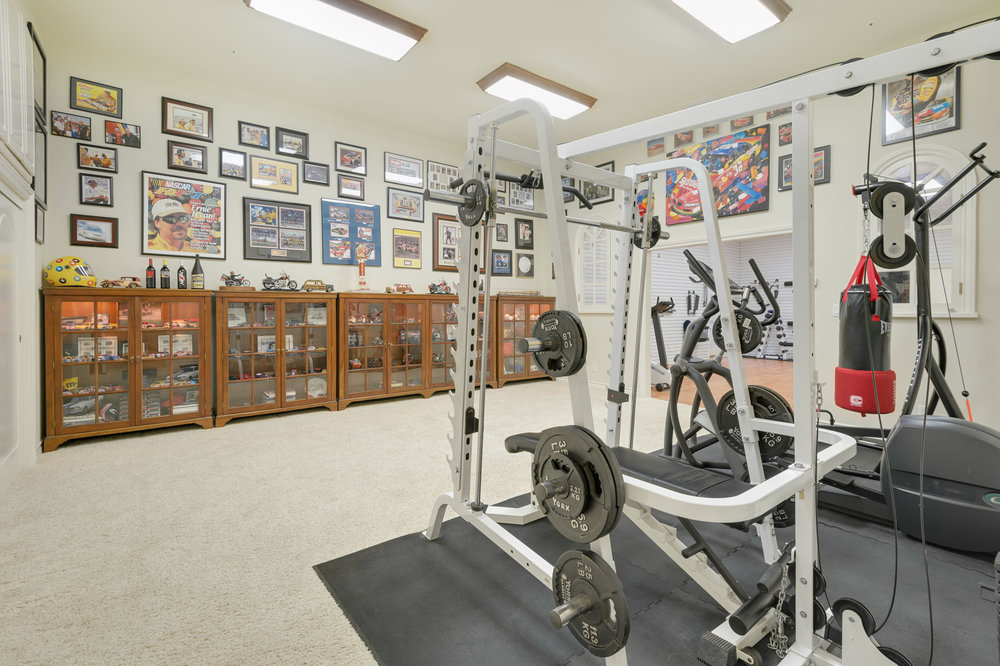 030 Gym 7052 Dume Drive For Sale Lease The Malibu Life Team Luxury Real Estate.jpg