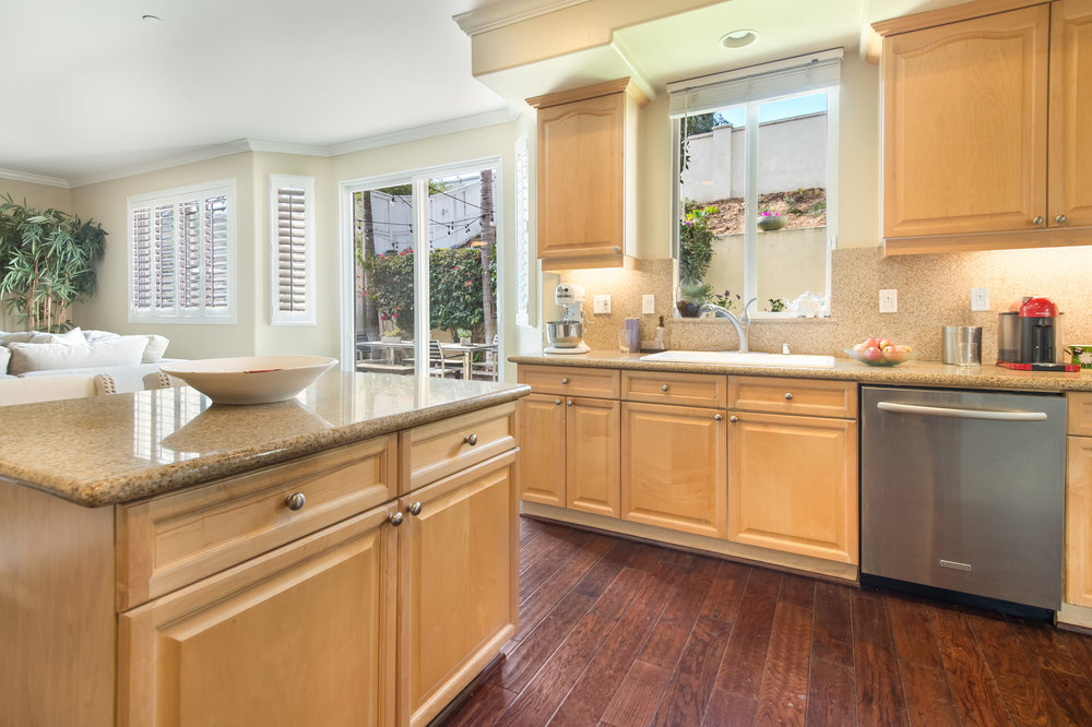019 Kitchen 5653 Alix Court Redondo Beach For Sale Lease The Malibu Life Team Luxury Real Estate.jpg