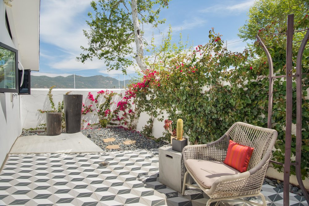 022 Patio 26272 Cool Glen Way Malibu For Sale Luxury Real Estate.jpg