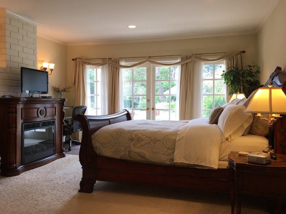 019 6509 Wandermere Road Malibu For Sale Lease The Malibu Life Team Luxury Real Estate.jpg