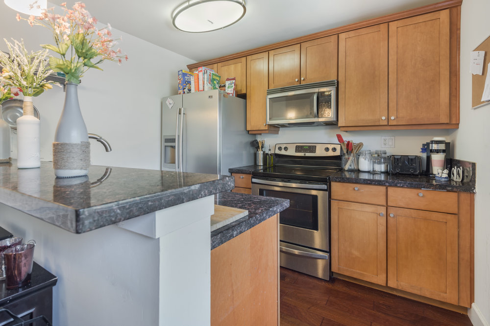 003 Kitchen 10982 Roebling Avenue #342 For Sale Lease The Malibu Life Team Luxury Real Estate.jpg