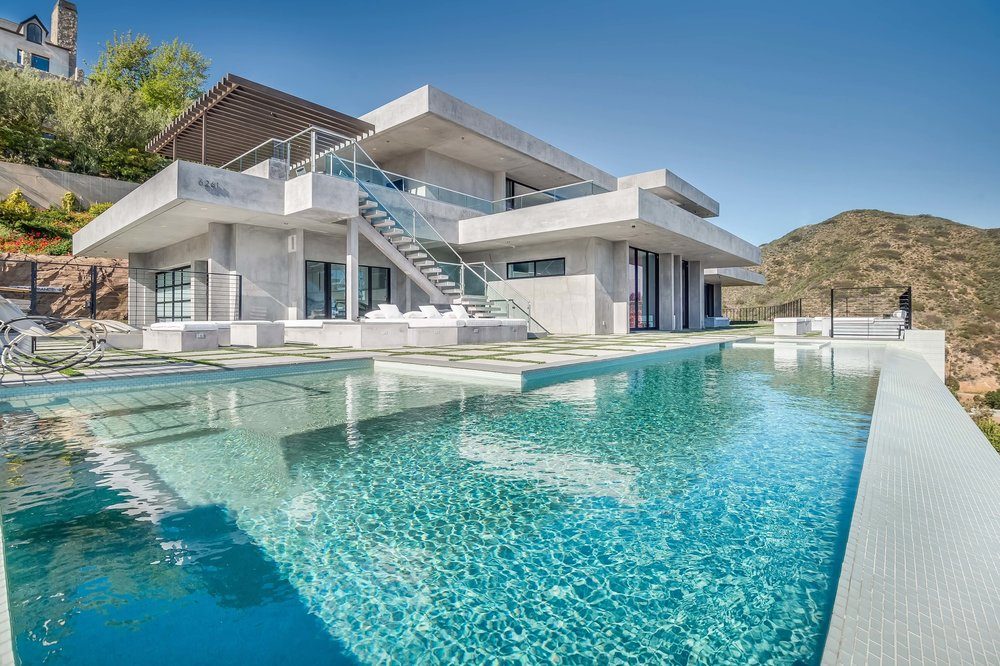 $8,000,000   6261 Tantalus Drive, Malibu