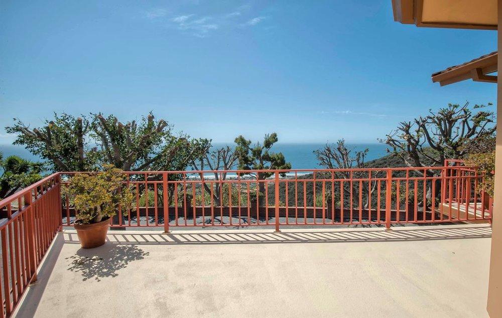 $4,500,000   5243 Horizon Drive, Malibu