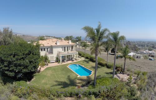 $2,799,000 | 6045 Galahad Rd, Malibu