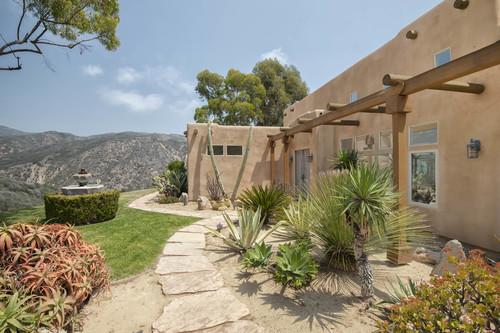 $2,300,000 | 3240 Sumac Ridge, Malibu