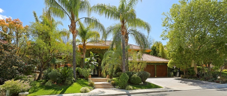 $2,299,950 | 25616 Queenscliff Ct, Thousand Oaks