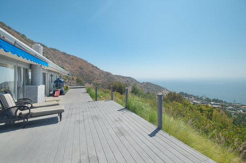 $2,250,000 | 20527 Big Rock Dr, Malibu