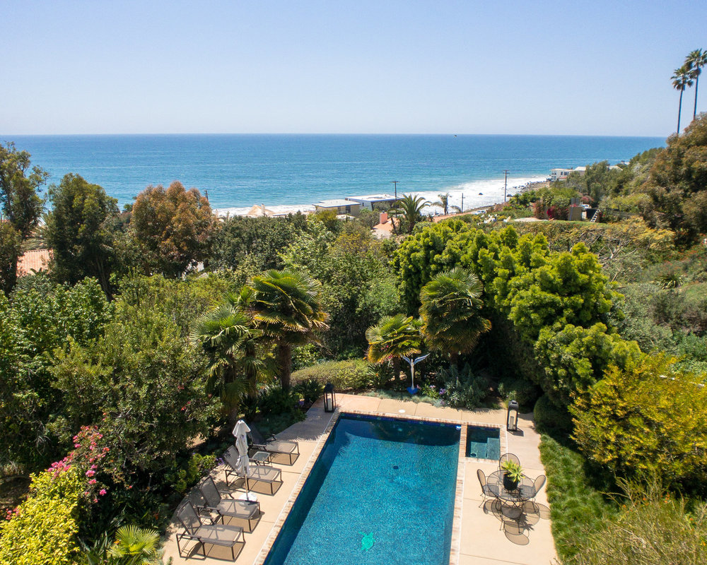 $3,425,000 | 21628 Rambla Vista, Malibu