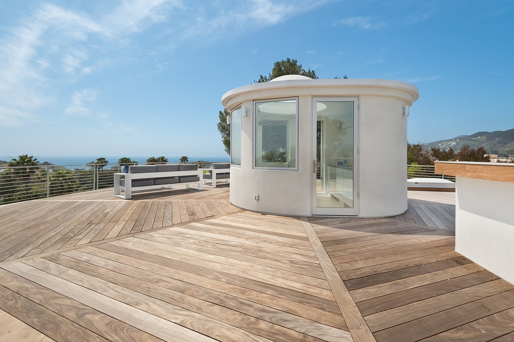 002 Rooftop Deck 6375 Gayton Place For Sale Lease The Malibu Life Team Luxury Real Estate.jpg