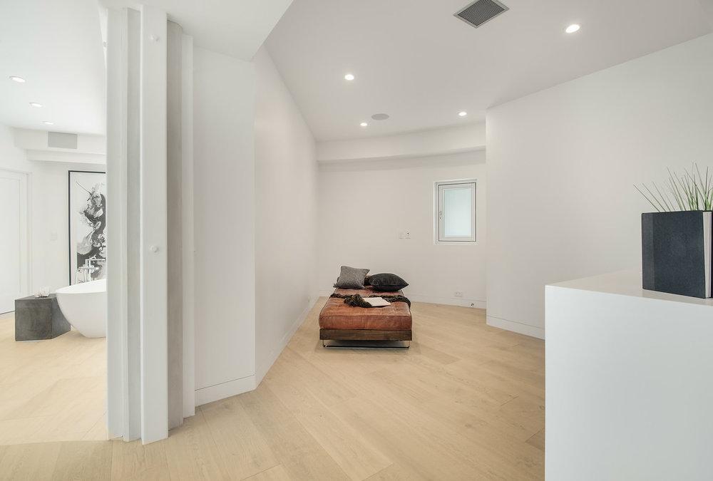 011 Master Bedroom 6375 Gayton Place For Sale Lease The Malibu Life Team Luxury Real Estate.jpg