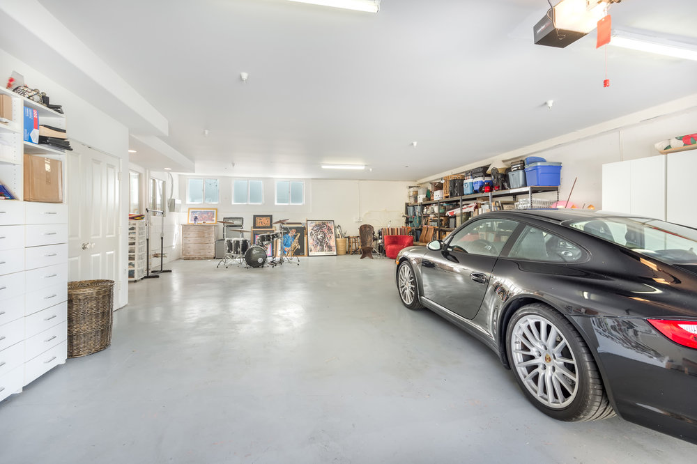 006 Garage 1912 Lookout Road Malibu Los Angeles For Sale Lease The Malibu Life Team Luxury Real Estate.jpg