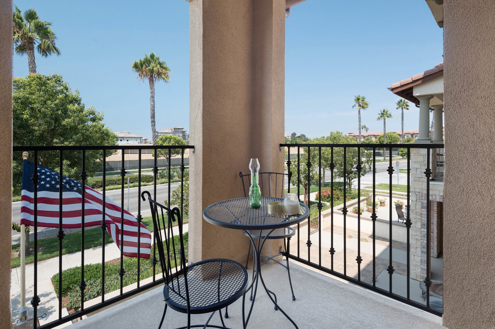 007 Balcony 207 Westpark Court Unit 702 Camarillo Bally Khehra For Sale Lease The Malibu Life Team Luxury Real Estate.jpg