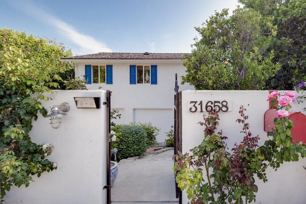 002.2 31658 Broad Beach For Sale Lease The Malibu Life Team Luxury Real Estate.jpg