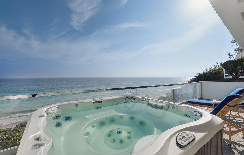 004 31658 Broad Beach For Sale Lease The Malibu Life Team Luxury Real Estate.jpg
