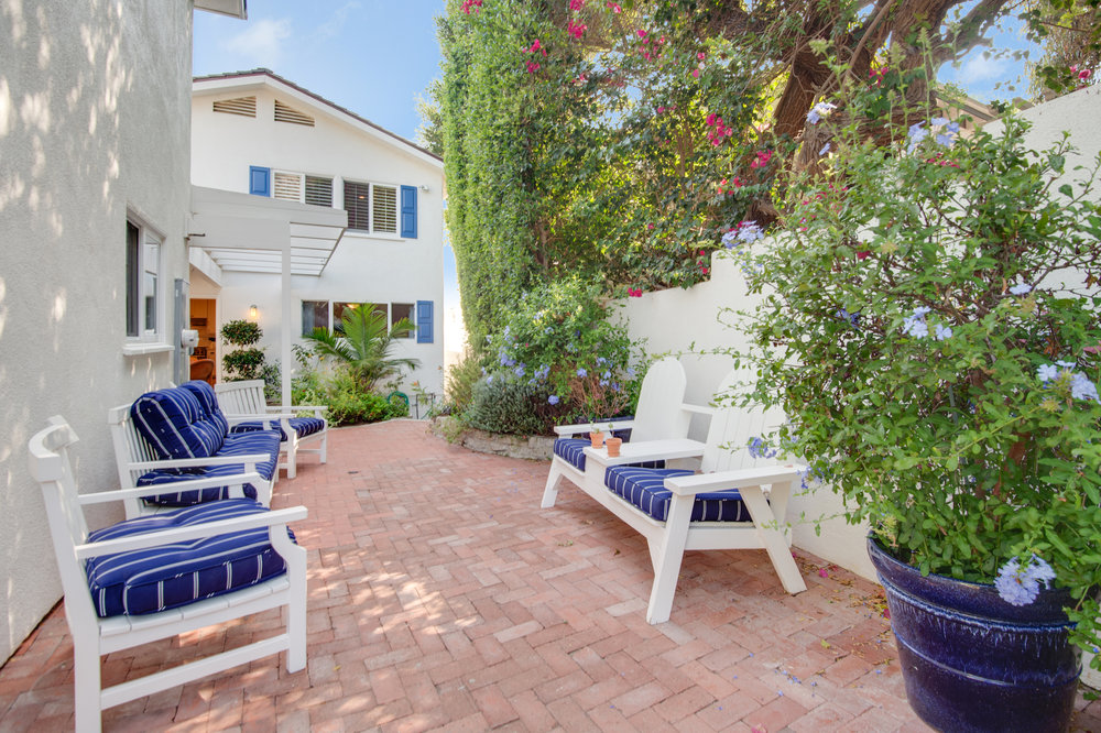 007 31658 Broad Beach For Sale Lease The Malibu Life Team Luxury Real Estate.jpg