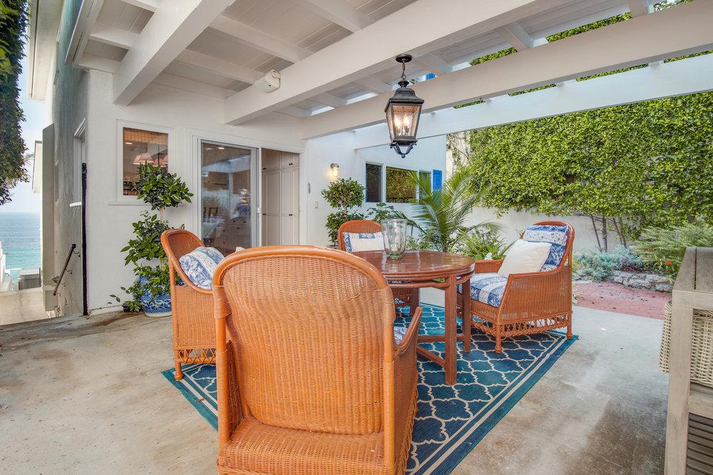 008 31658 Broad Beach For Sale Lease The Malibu Life Team Luxury Real Estate.jpg
