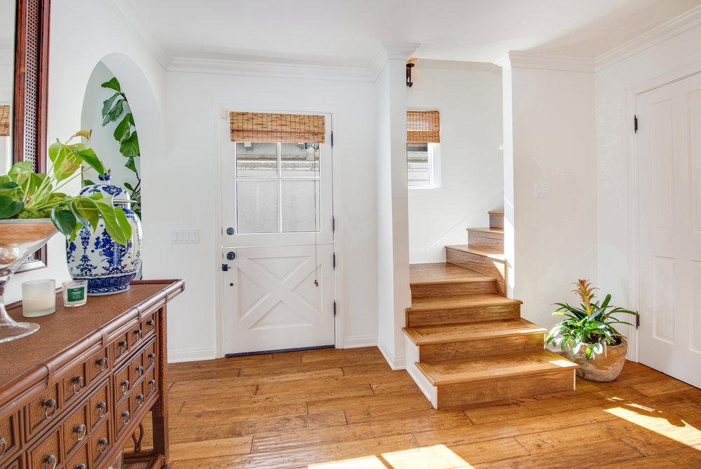 009 31658 Broad Beach For Sale Lease The Malibu Life Team Luxury Real Estate.jpg