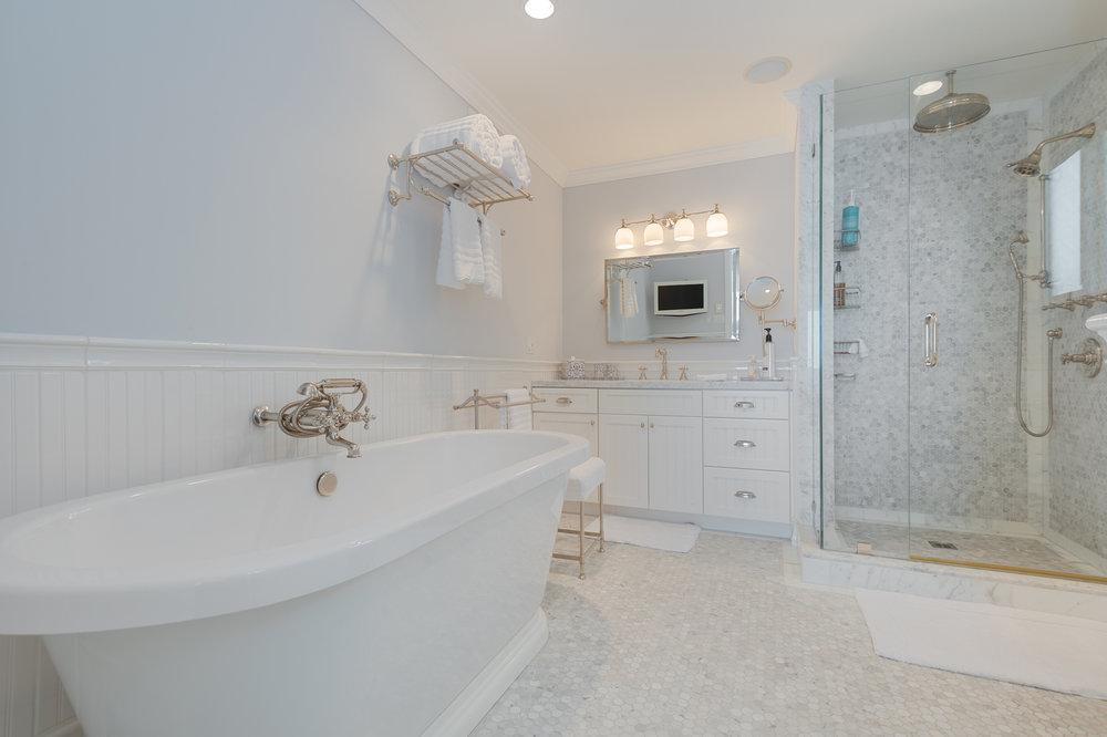 015 31658 Broad Beach For Sale Lease The Malibu Life Team Luxury Real Estate.jpg