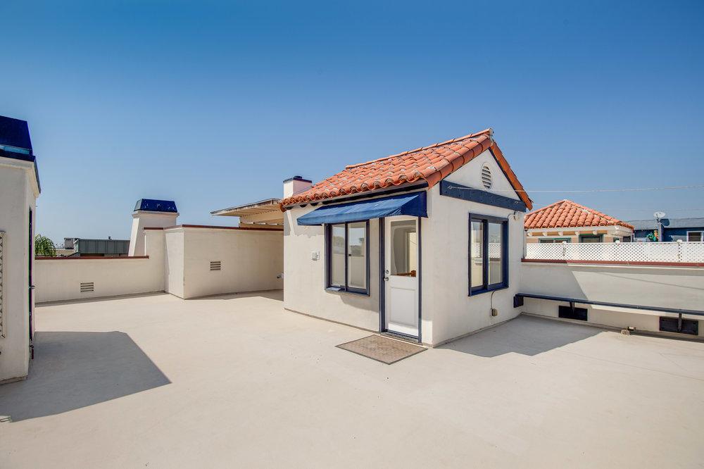 005 Roof Malibu For Sale Lease The Malibu Life Team Luxury Real Estate.jpg