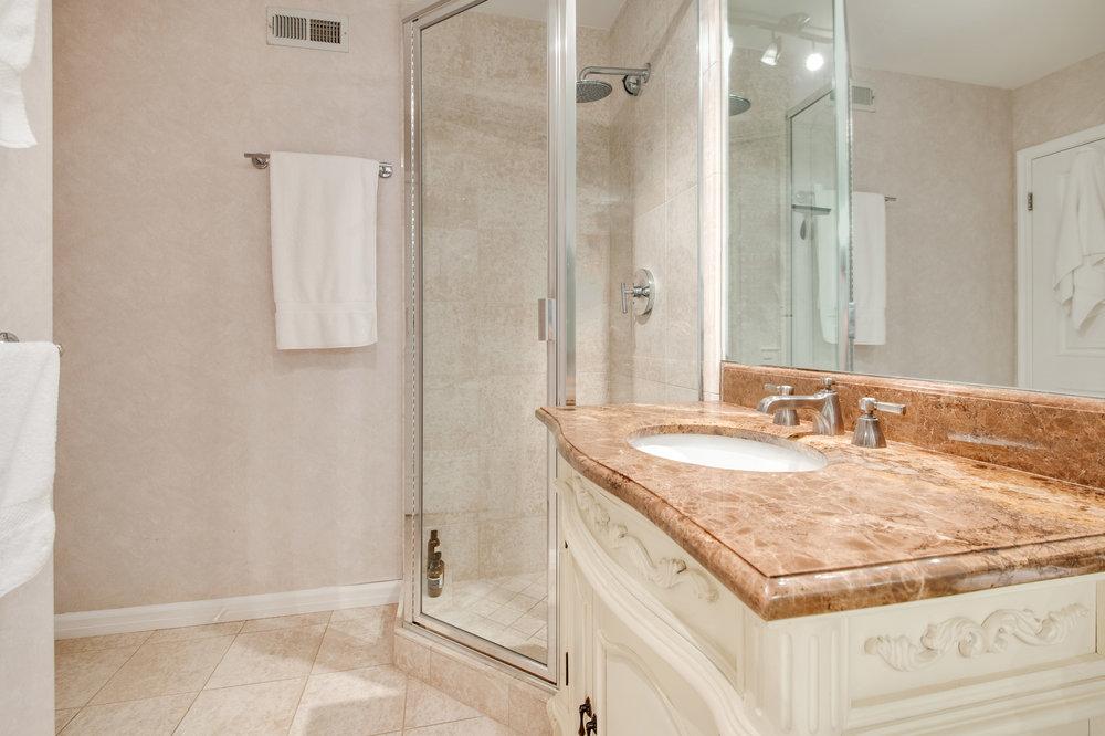 017 Bathroom Malibu For Sale Lease The Malibu Life Team Luxury Real Estate.jpg