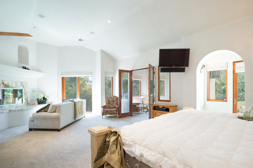 006 master bedroom 6405 bonsall Malibu For Sale The Malibu Life Team Luxury Real Estate.jpg