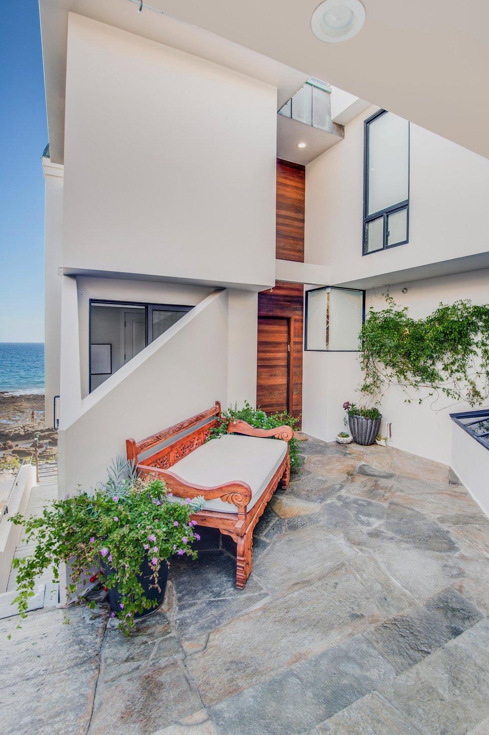 008 Front 25252 Malibu Road For Sale Lease The Malibu Life Team Luxury Real Estate.jpg