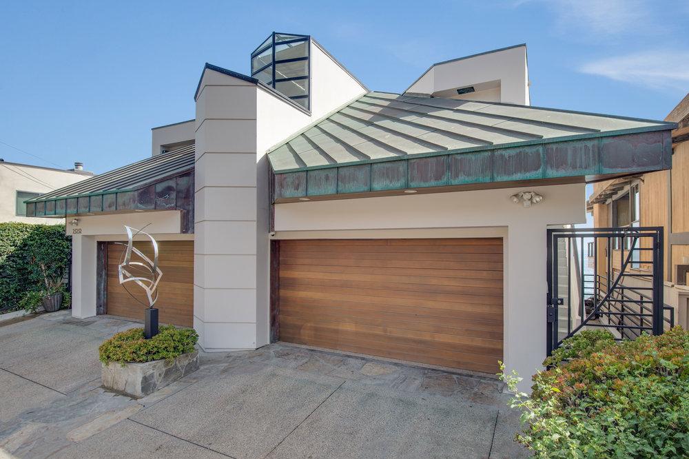 007 Front 25252 Malibu Road For Sale Lease The Malibu Life Team Luxury Real Estate.jpg
