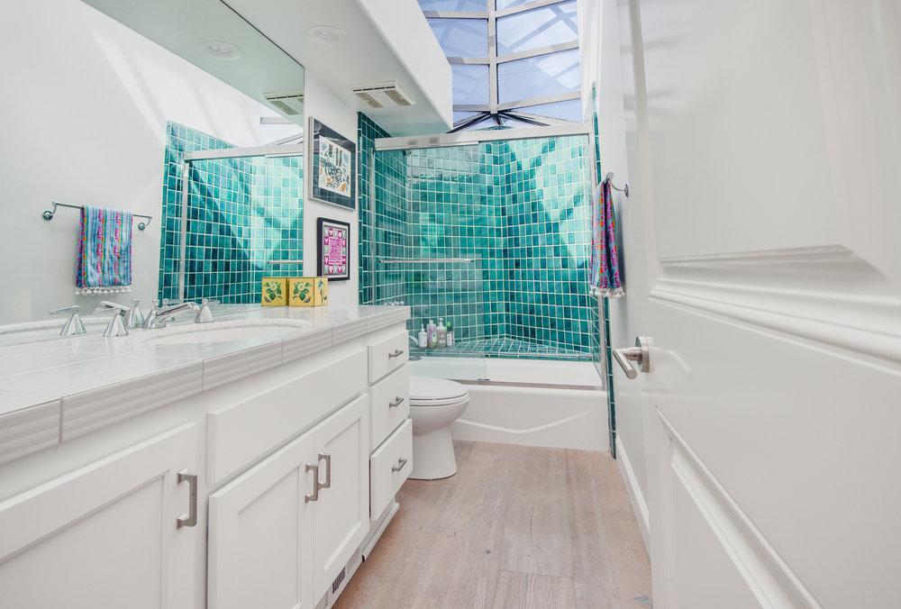 020 Bathroom 25252 Malibu Road For Sale Lease The Malibu Life Team Luxury Real Estate.jpg