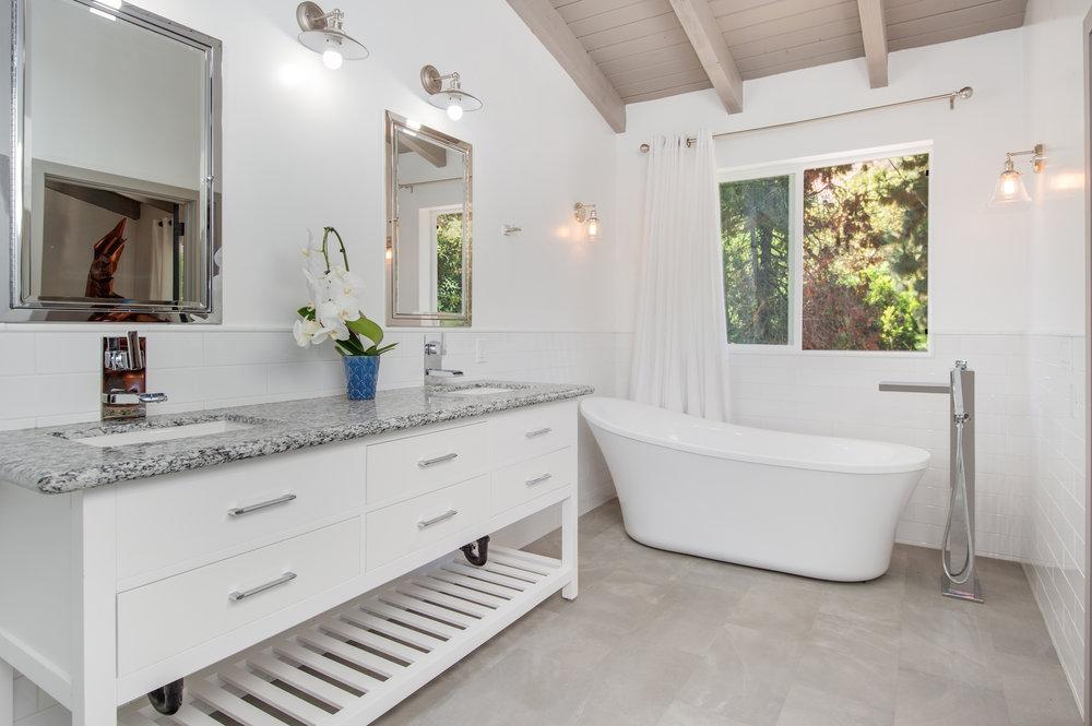 012 4210 Escondido For Sale Lease The Malibu Life Team Luxury Real Estate.jpg