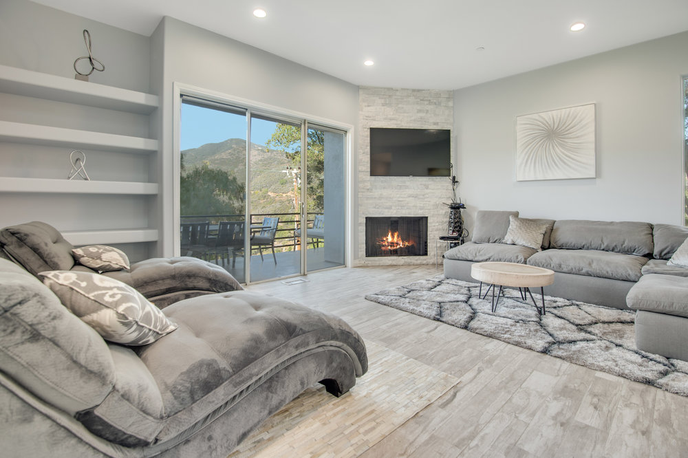 002 Living Room 27084 Old Chimney Road For Sale Lease The Malibu Life Team Luxury Real Estate.jpg