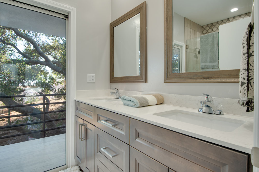 008 Bathroom 27084 Old Chimney Road For Sale Lease The Malibu Life Team Luxury Real Estate.jpg